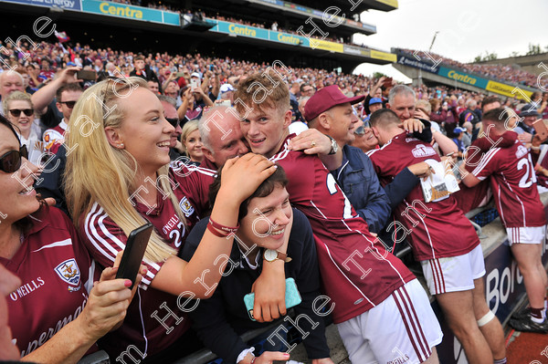 Galway-Minors-celebration-17754