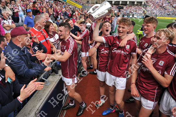 Galway-Minors-celebration-17758